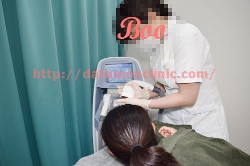 トイトイトイクリニック看護師による施術説明